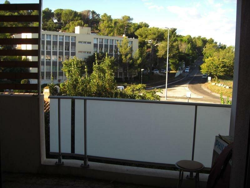 Appartement à louer 1 34m2 à Nîmes vignette-4