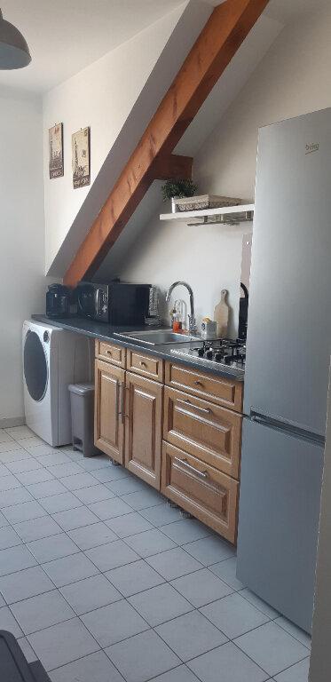 Appartement à louer 3 61.21m2 à Roissy-en-Brie vignette-5