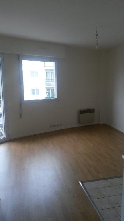 Appartement à louer 2 34.43m2 à Pontault-Combault vignette-4