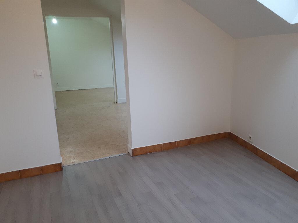 Appartement à louer 3 34.52m2 à Chelles vignette-2