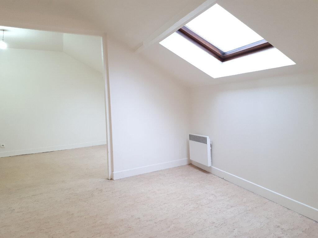 Appartement à louer 3 34.52m2 à Chelles vignette-3