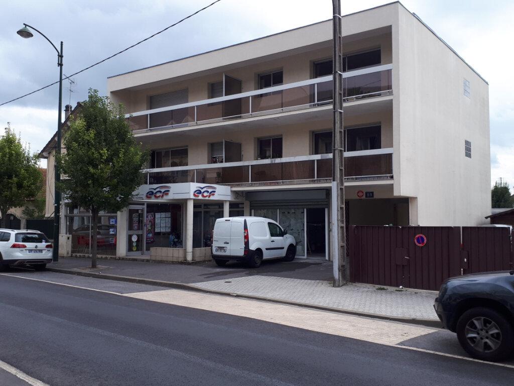 Appartement à louer 3 74.14m2 à Pontault-Combault vignette-1