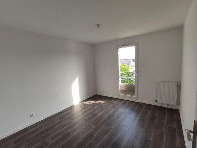 Appartement à louer 3 56.35m2 à Brie-Comte-Robert vignette-5