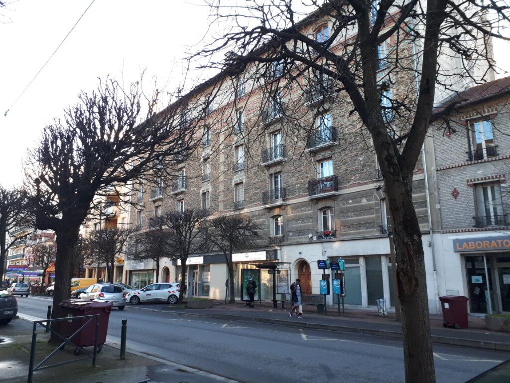 Appartement à louer 2 26.79m2 à Chelles vignette-1