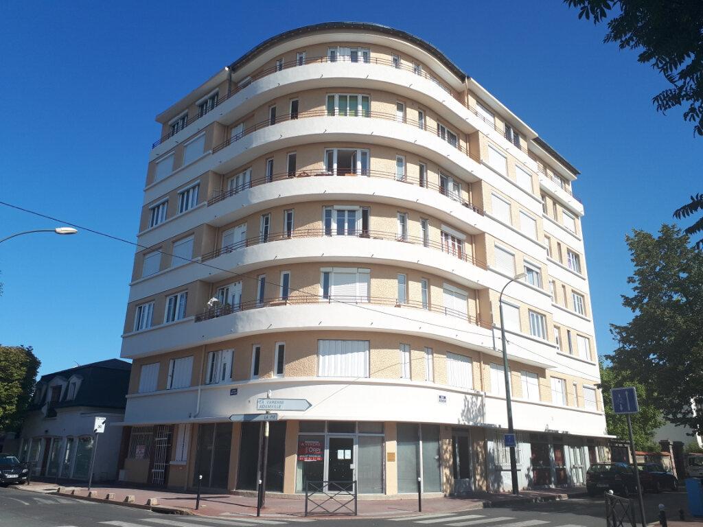 Appartement à louer 2 35.1m2 à Saint-Maur-des-Fossés vignette-1