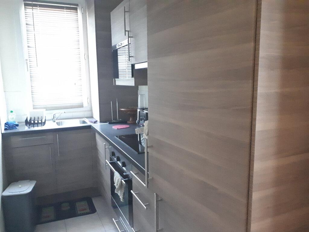 Appartement à louer 2 35.1m2 à Saint-Maur-des-Fossés vignette-3