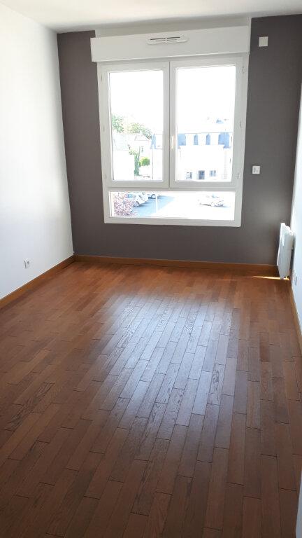 Appartement à louer 2 54.02m2 à Le Plessis-Trévise vignette-4