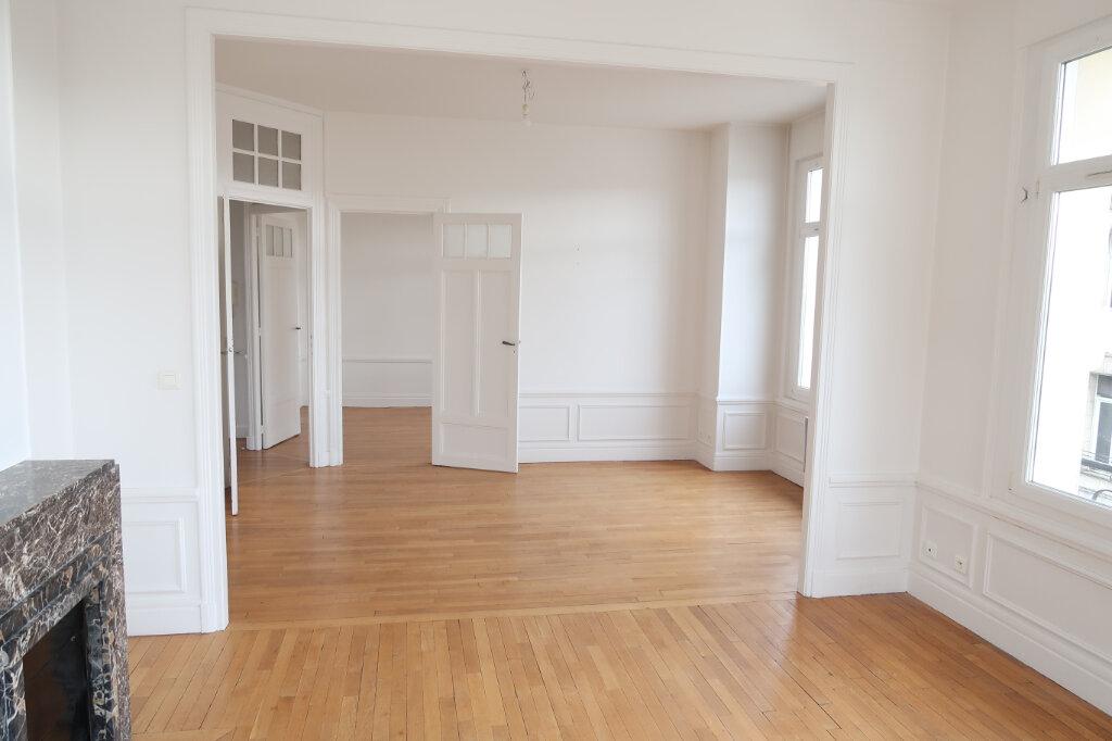 Appartement à louer 2 50m2 à Saint-Quentin vignette-3