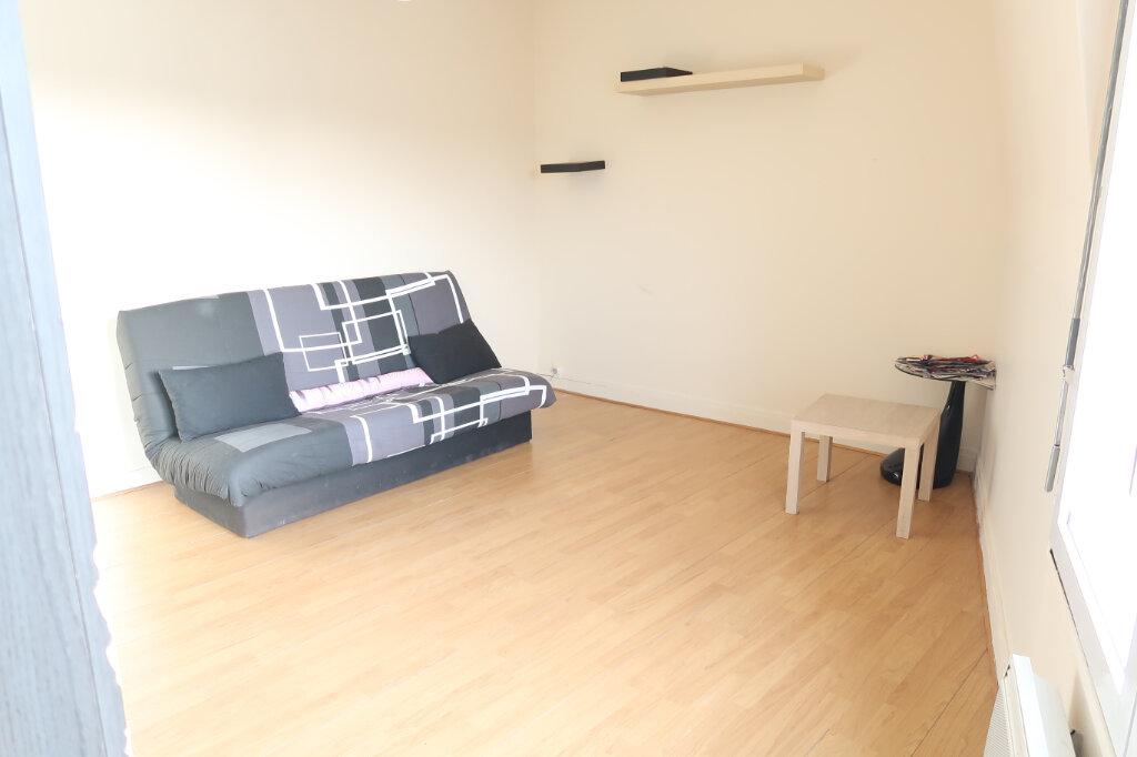 Appartement à louer 2 49.75m2 à Saint-Quentin vignette-1