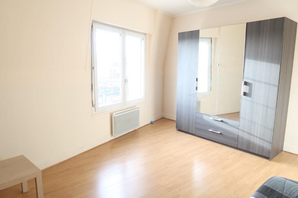 Appartement à louer 2 49.75m2 à Saint-Quentin vignette-2