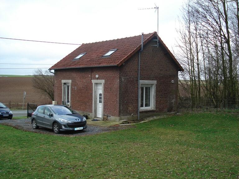 Maison à louer 3 67.99m2 à Bellicourt vignette-1
