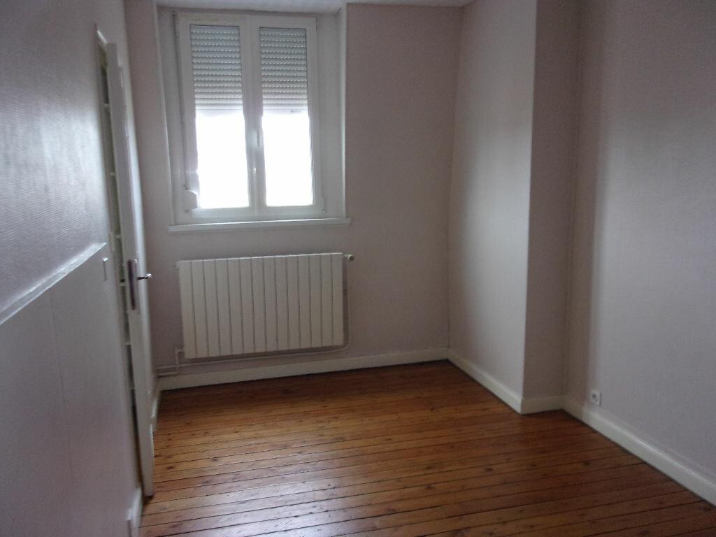 Appartement à louer 3 87.85m2 à Saint-Quentin vignette-10