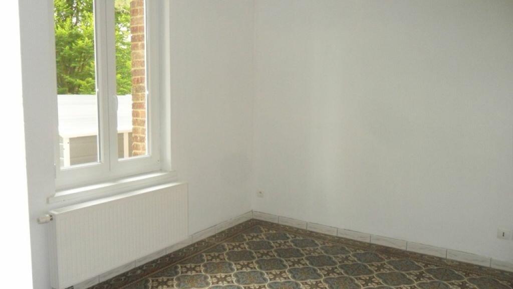 Maison à louer 5 120m2 à Pontru vignette-2