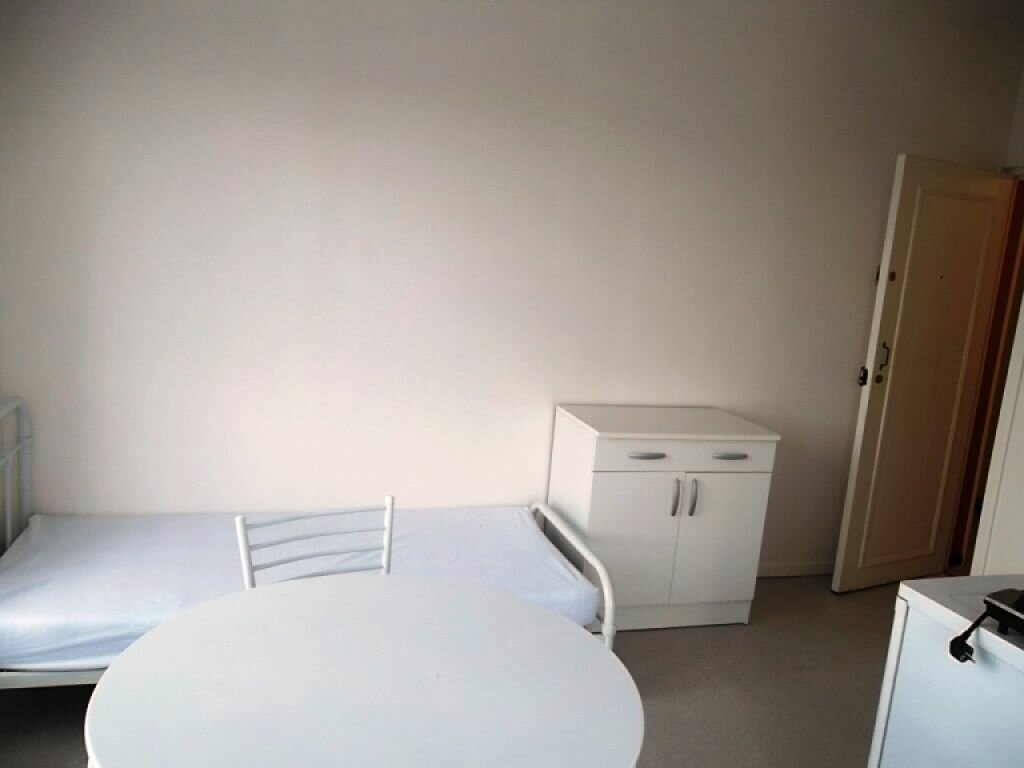Appartement à louer 1 15.29m2 à Saint-Quentin vignette-3