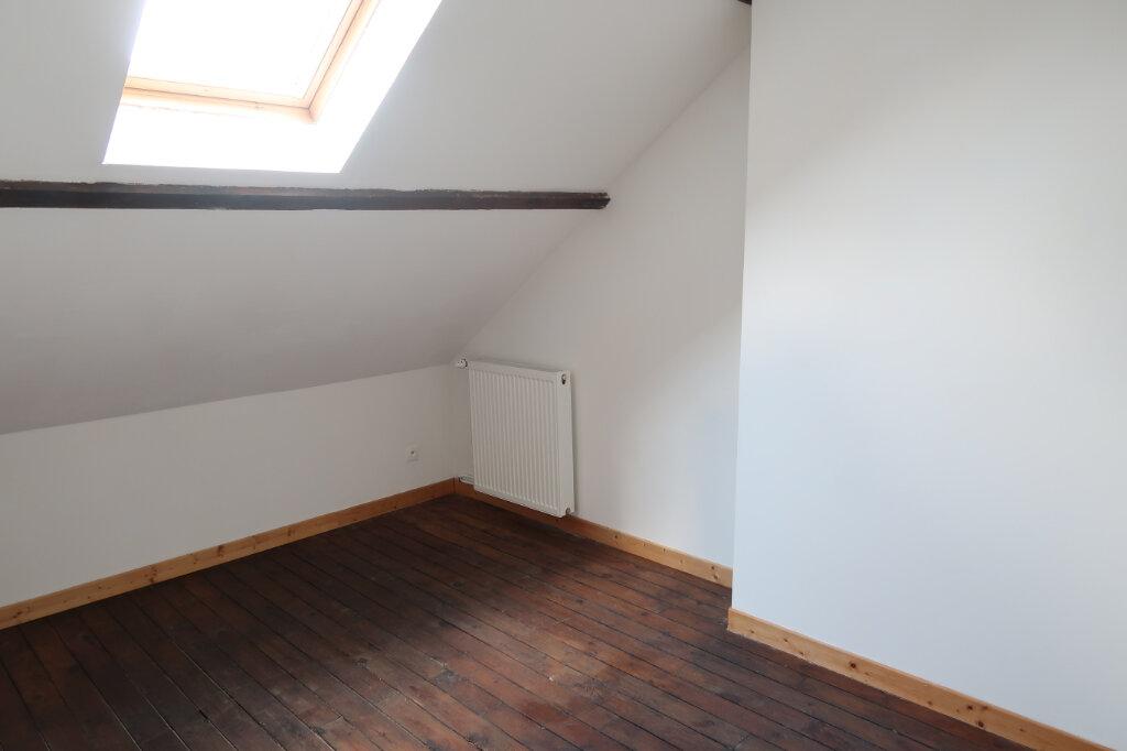 Maison à louer 5 113m2 à Saint-Quentin vignette-12