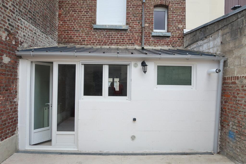 Maison à louer 5 113m2 à Saint-Quentin vignette-13