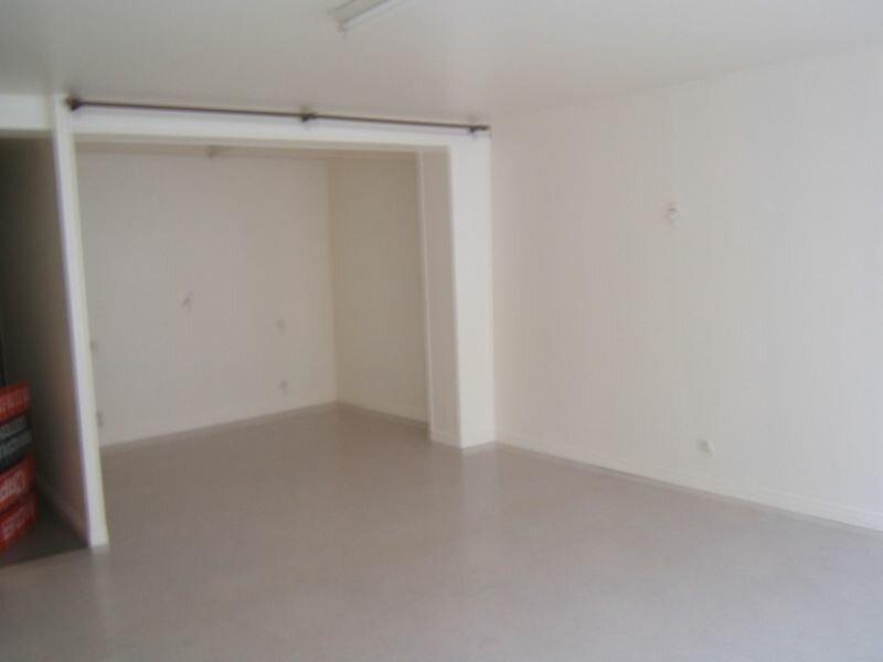 Appartement à louer 1 49.2m2 à Saint-Quentin vignette-2