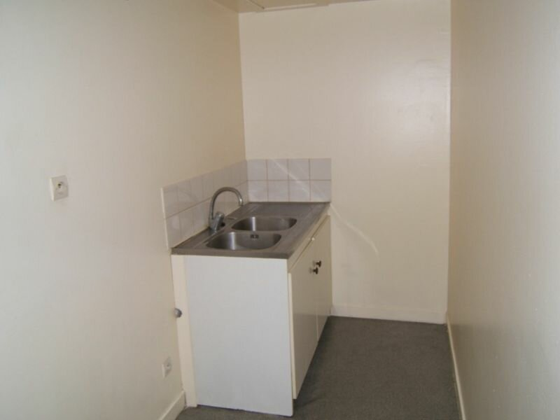 Appartement à louer 1 49.2m2 à Saint-Quentin vignette-3