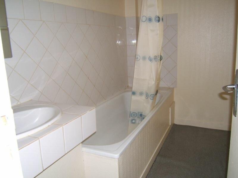 Appartement à louer 1 49.2m2 à Saint-Quentin vignette-4