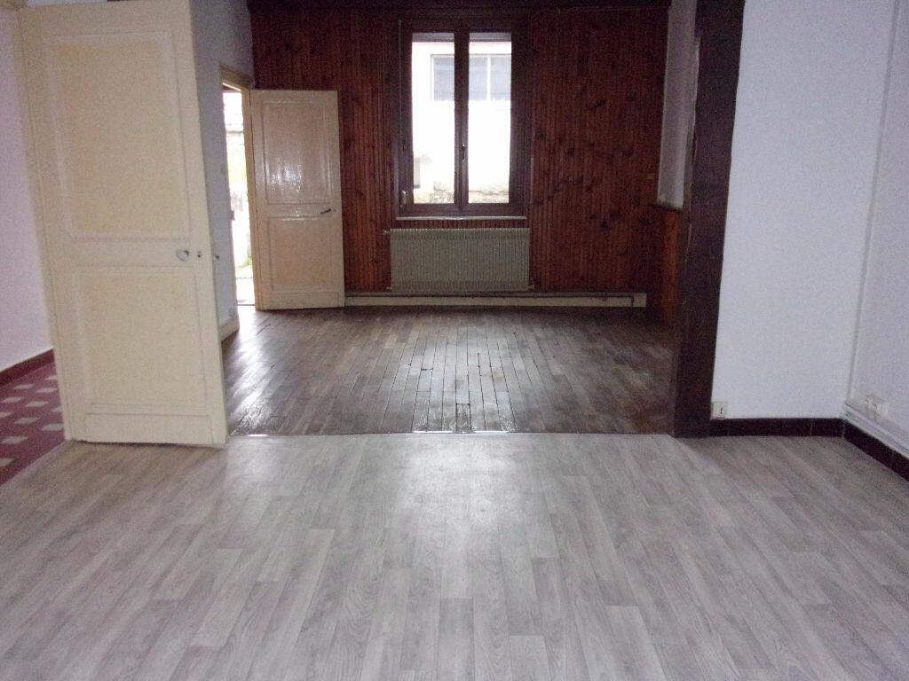 Maison à louer 3 78m2 à Saint-Quentin vignette-1