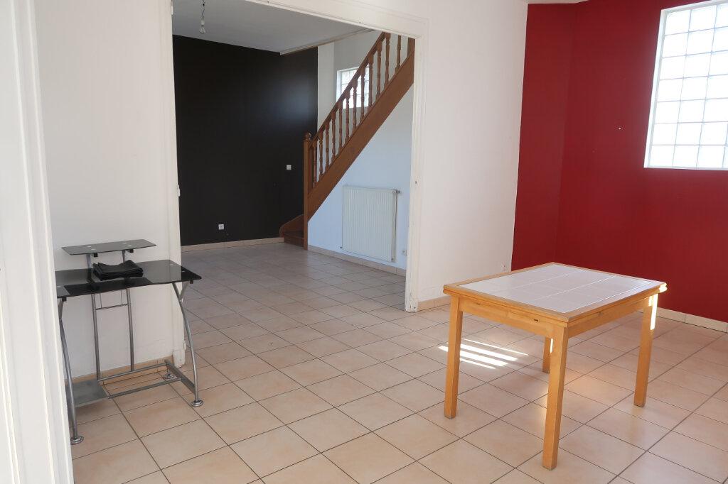 Maison à louer 4 92m2 à Origny-Sainte-Benoite vignette-6