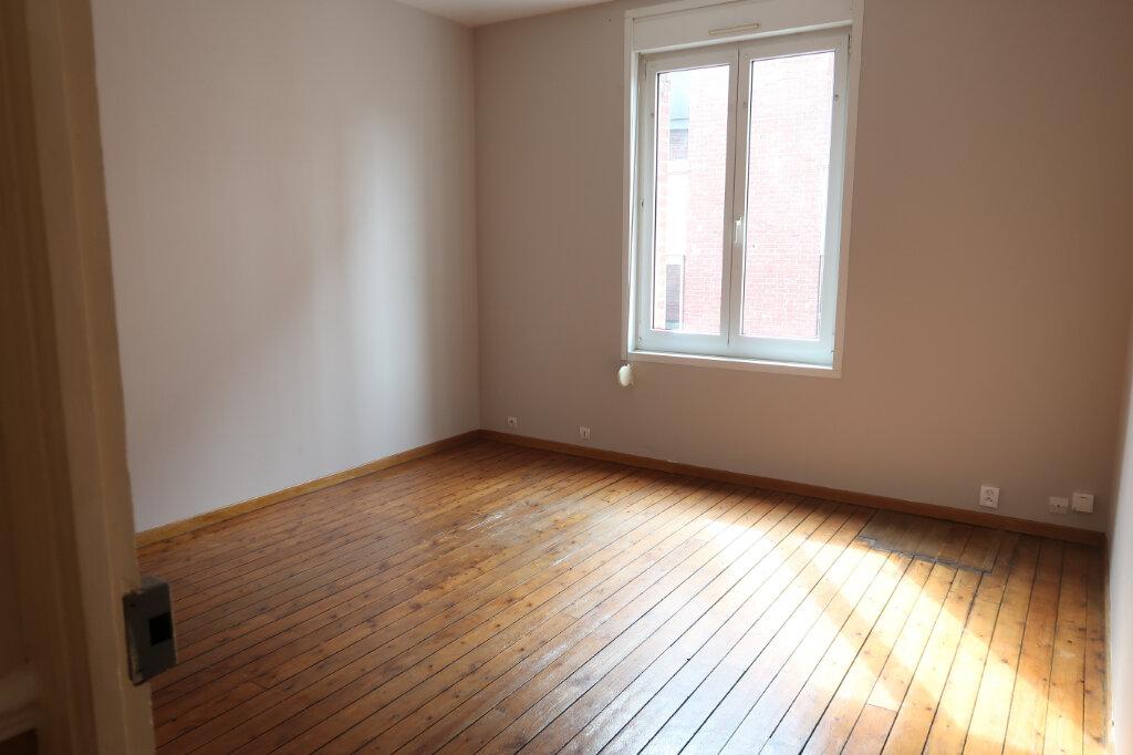 Appartement à louer 3 63m2 à Saint-Quentin vignette-3