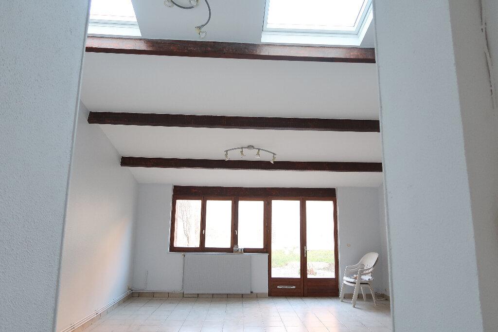 Maison à louer 4 105m2 à Saint-Quentin vignette-3