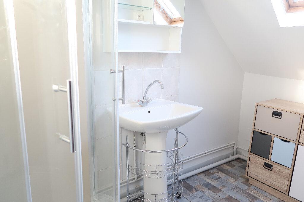 Maison à louer 4 105m2 à Saint-Quentin vignette-8