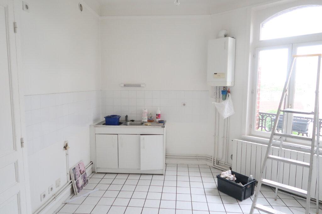 Appartement à louer 3 99.9m2 à Saint-Quentin vignette-11