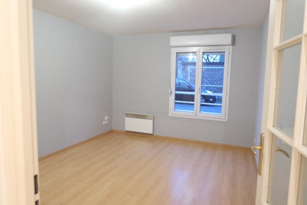 Appartement à louer 2 37.83m2 à Saint-Quentin vignette-1