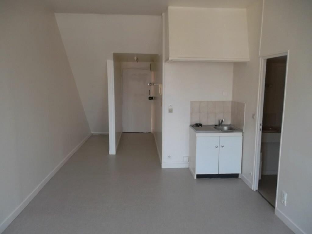 Appartement à louer 2 34.87m2 à Saint-Quentin vignette-1