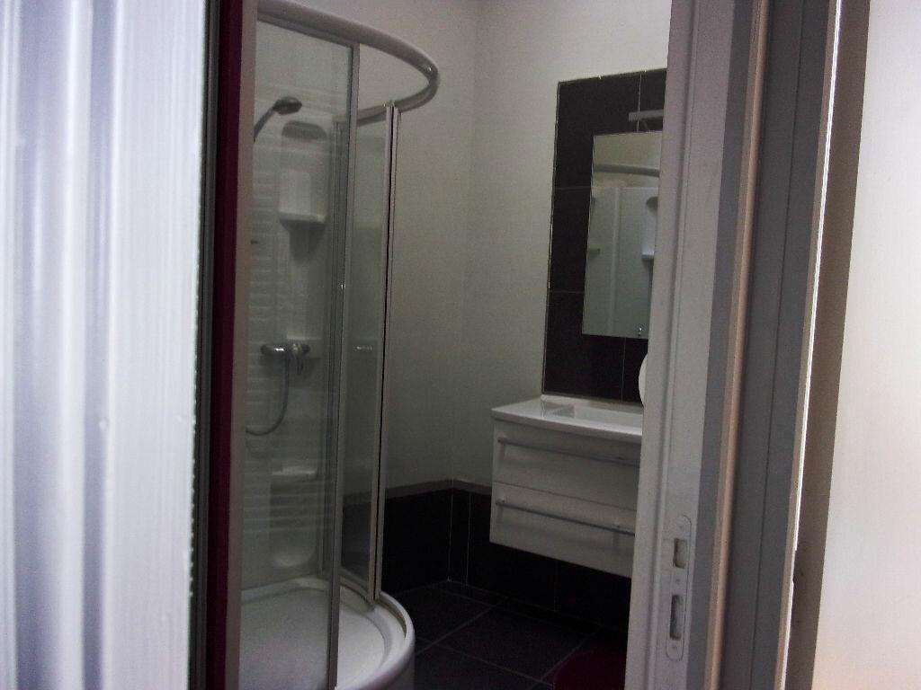 Appartement à louer 3 94.72m2 à Saint-Quentin vignette-5