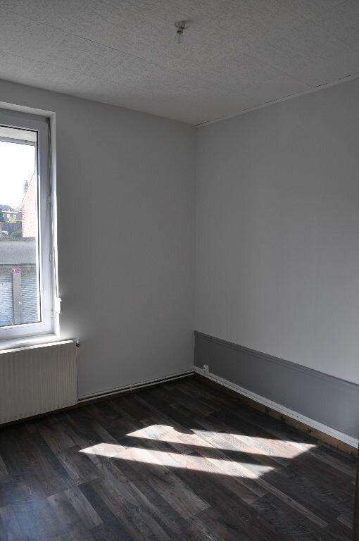 Appartement à louer 3 56.57m2 à Saint-Quentin vignette-6