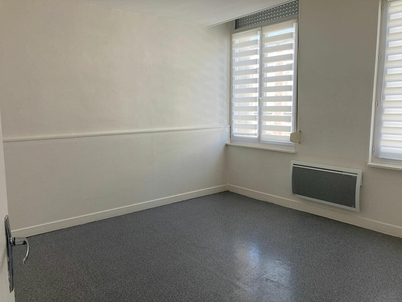 Appartement à louer 3 59.32m2 à Saint-Quentin vignette-4