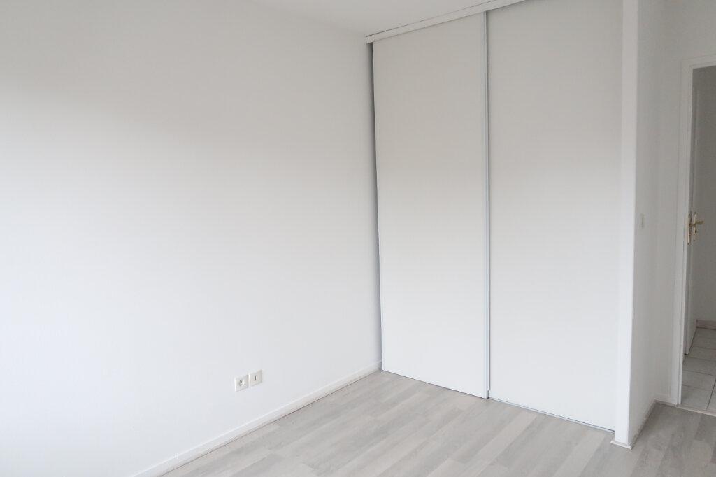 Appartement à louer 2 49.97m2 à Saint-Quentin vignette-5