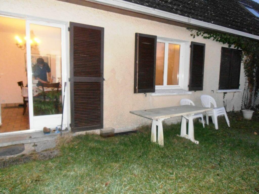 Maison à louer 4 100m2 à Homblières vignette-3