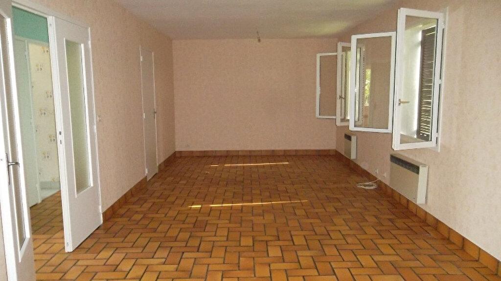 Maison à louer 4 100m2 à Homblières vignette-4