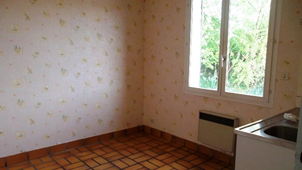 Maison à louer 4 100m2 à Homblières vignette-5