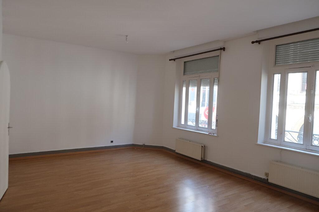 Appartement à louer 2 45m2 à Saint-Quentin vignette-4
