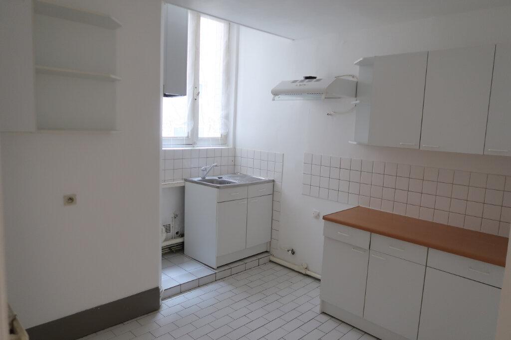 Appartement à louer 2 45m2 à Saint-Quentin vignette-5
