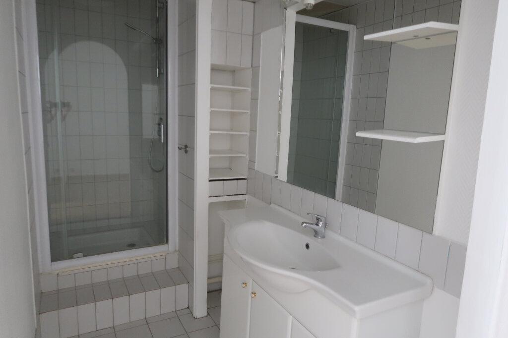 Appartement à louer 2 45m2 à Saint-Quentin vignette-8