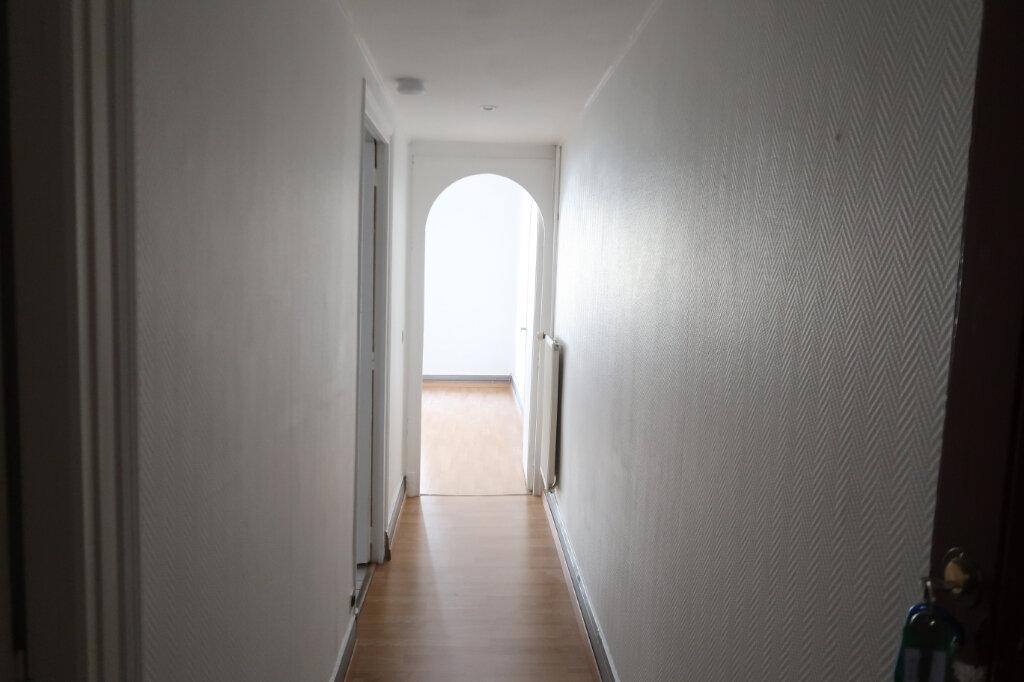 Appartement à louer 2 45m2 à Saint-Quentin vignette-9