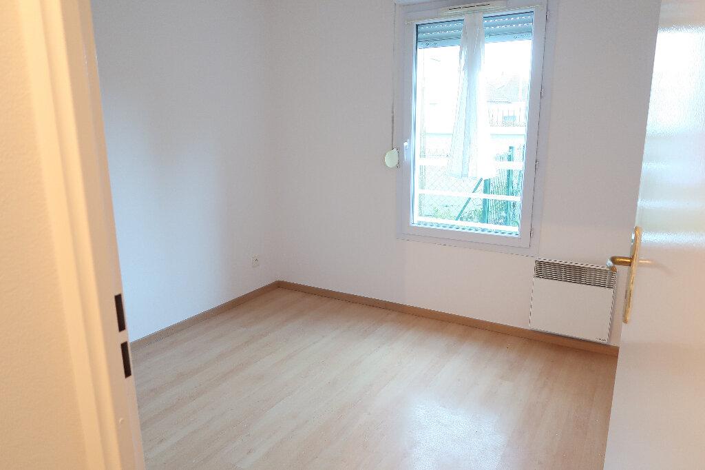 Appartement à louer 3 50m2 à Saint-Quentin vignette-6