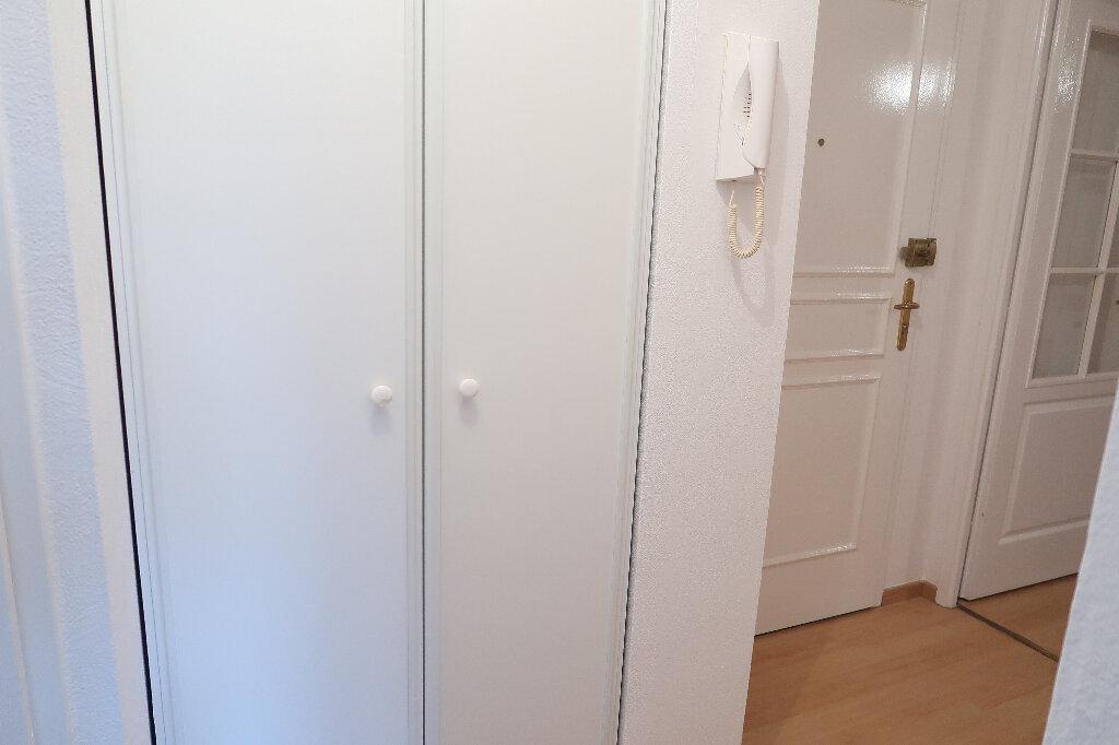 Appartement à louer 3 50m2 à Saint-Quentin vignette-7