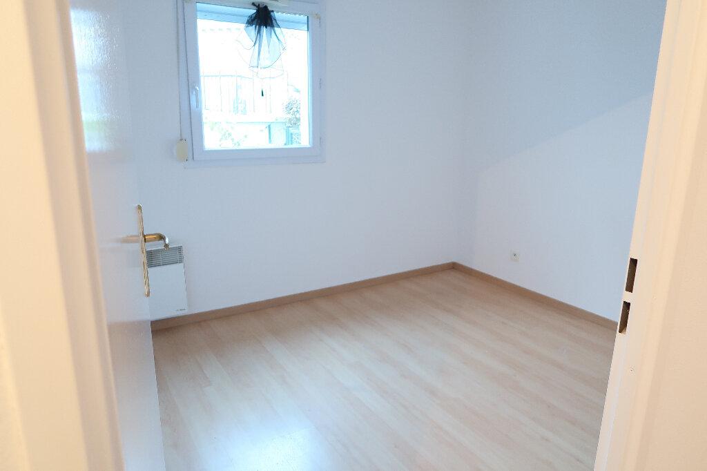 Appartement à louer 3 50m2 à Saint-Quentin vignette-8