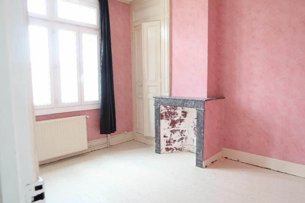 Maison à louer 5 115m2 à Saint-Quentin vignette-6