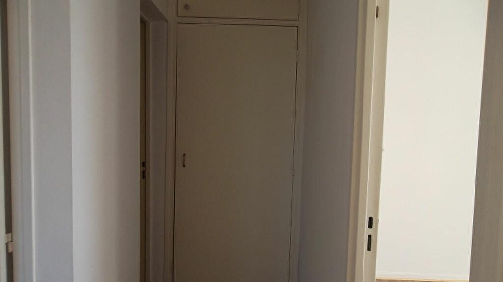 Appartement à louer 4 90m2 à Saint-Quentin vignette-6