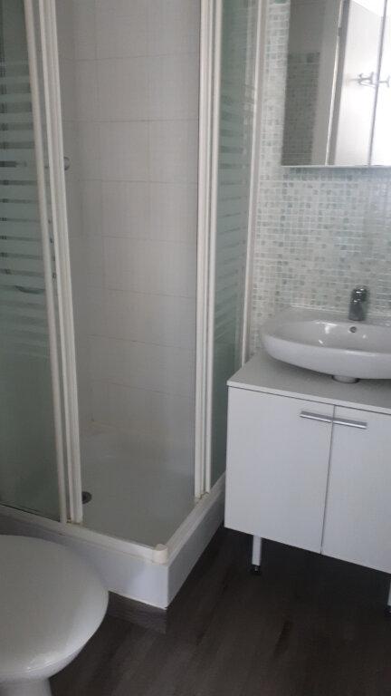 Appartement à louer 1 12m2 à Amiens vignette-4