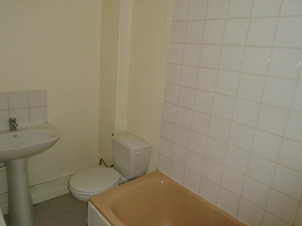 Appartement à louer 2 21.29m2 à Saint-Quentin vignette-4