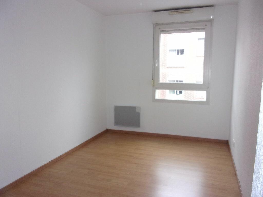 Appartement à louer 3 71.41m2 à Saint-Quentin vignette-5